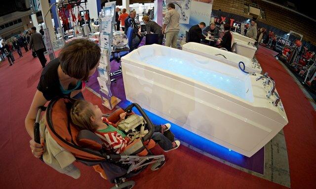 targi rehabilitacyjne łódź 2011, nieocenione wanny z hydromasażem